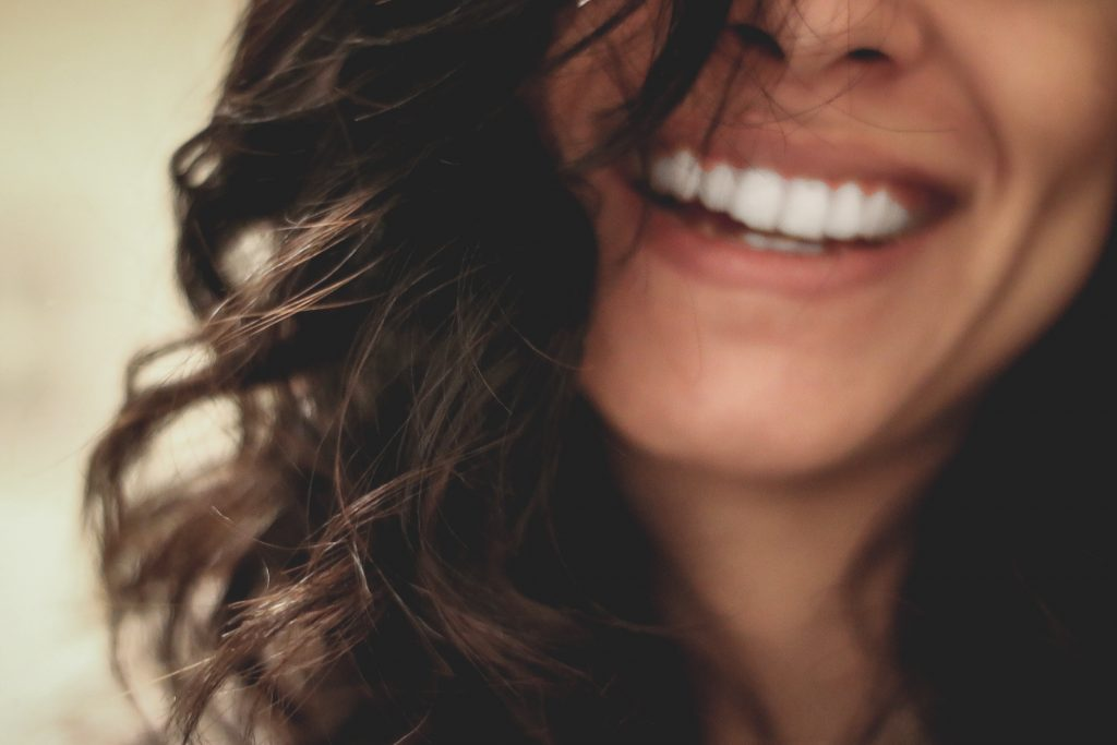 Benefits of teeth whitening at home
